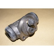 13339A - Brake cylinder rear right side - 20,6 mm